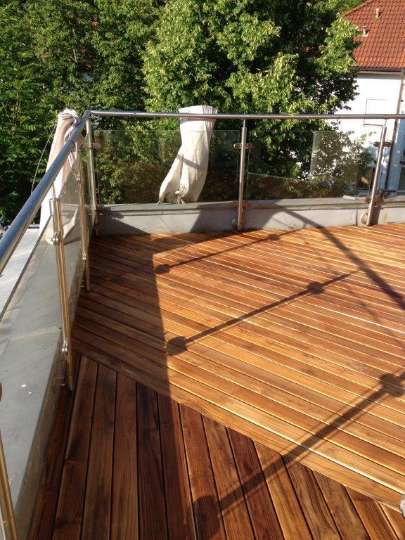 Balkonbelag Holz Teak