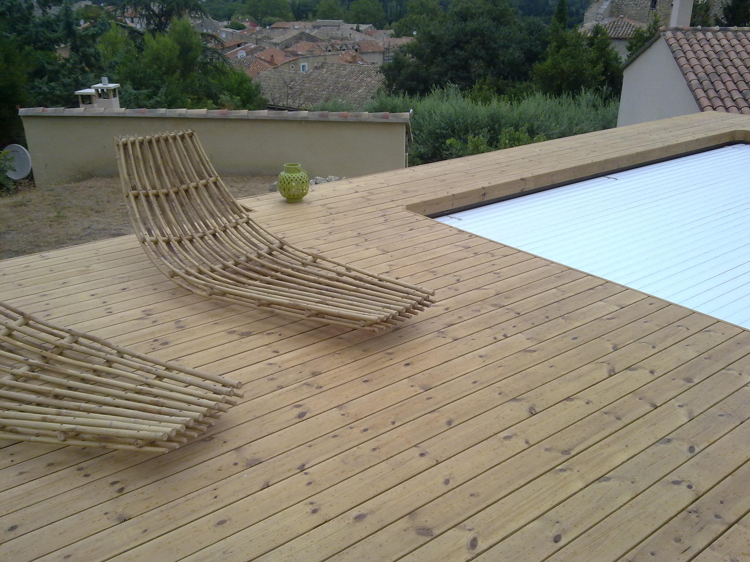 Poolumrandung Holz