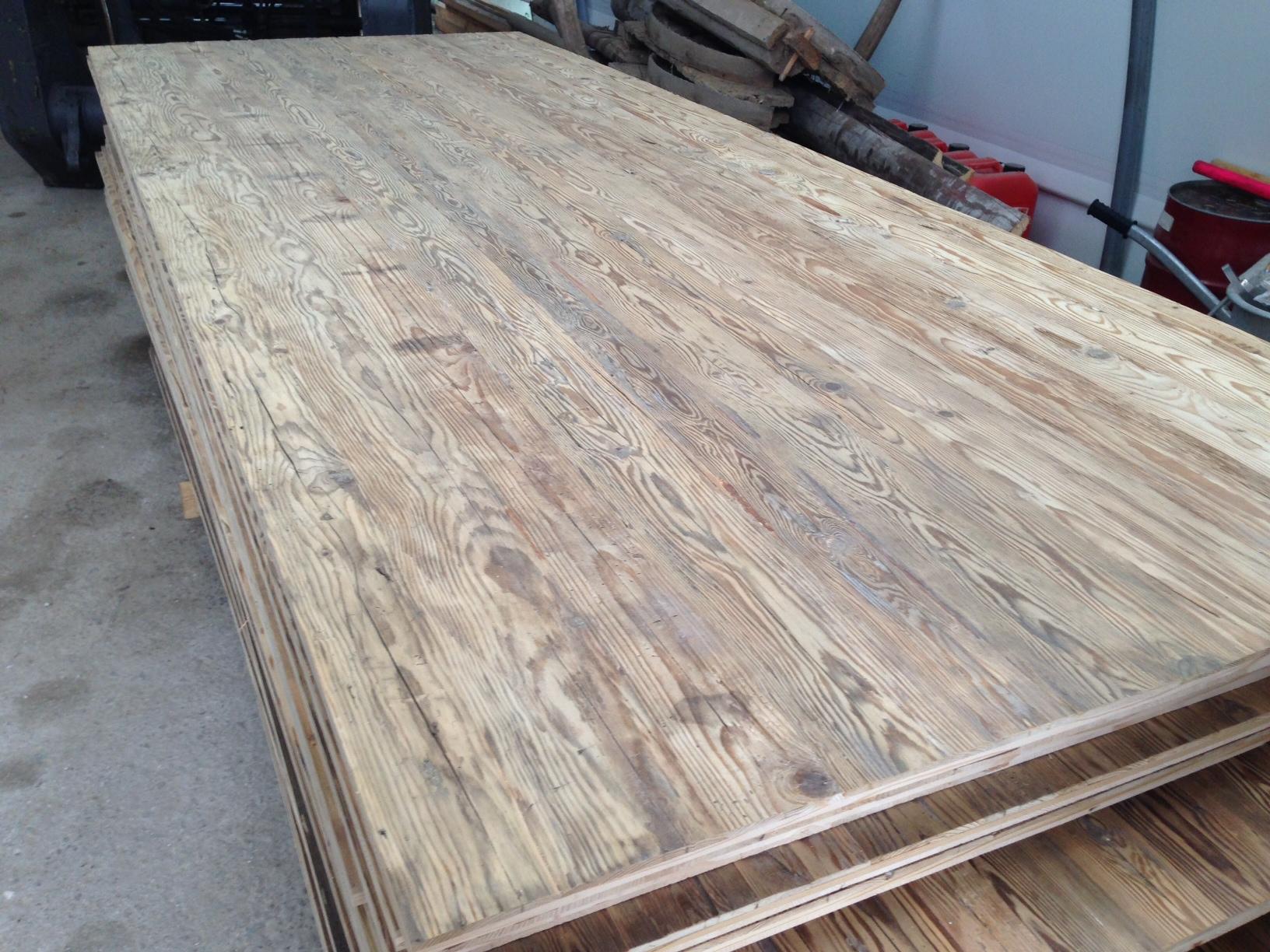 Altholz Bretter Balken gehackt  BS-Holzdesign