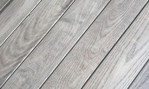 Holzterrasse Thermoesche vergraut