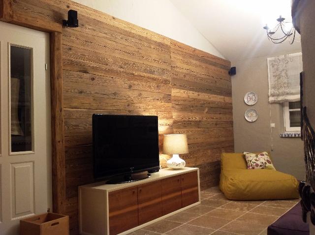 TV Wand Holz Wohnzimmer  BS-Holzdesign