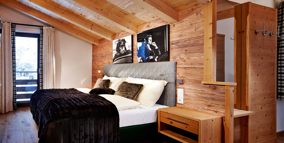 wandverkleidung holz klassisch. Black Bedroom Furniture Sets. Home Design Ideas