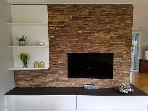 Holzwand TV