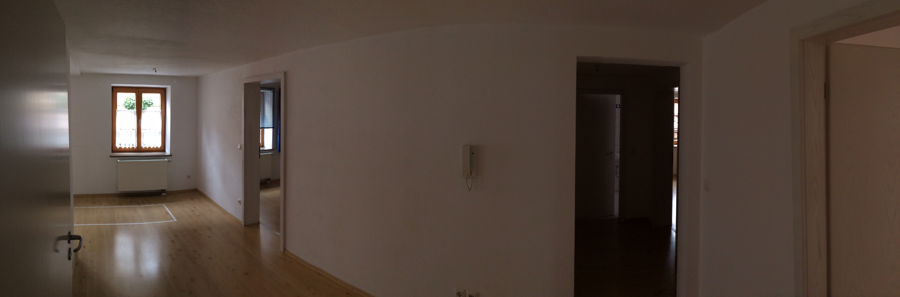 flur ganz weiss bs holzdesign. Black Bedroom Furniture Sets. Home Design Ideas