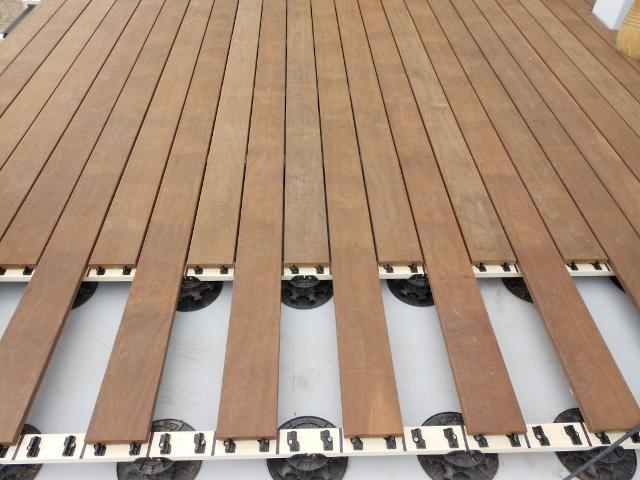 Holzterrassen vormontiert Baukasten ohne sichtbare Schrauben