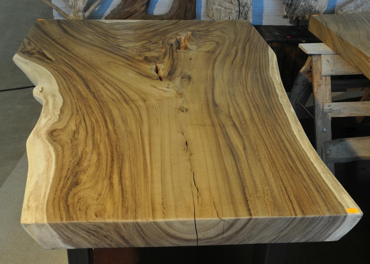 tisch aus baumstamm cheap wohnling baumstamm massivholz akazie x x cm robuster naturholz with. Black Bedroom Furniture Sets. Home Design Ideas