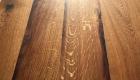 Altholz Tisch dunkel schlicht