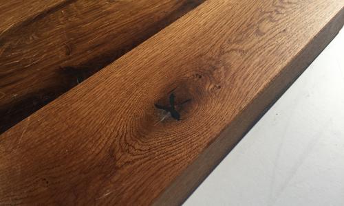 Altholz Tisch gerade Kante
