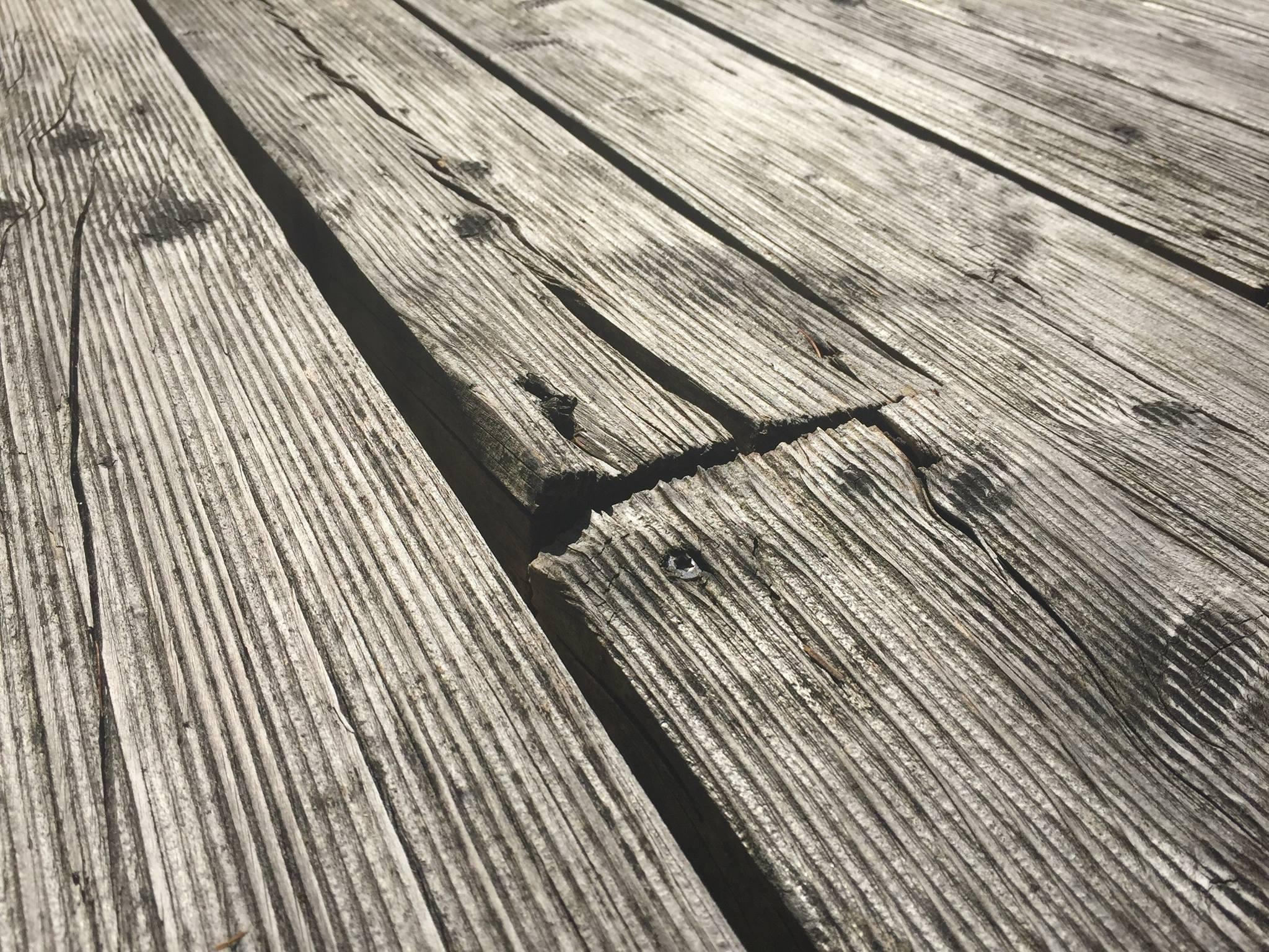 Holzterrasse Lärche von oben verschraubt