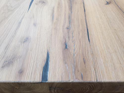 Altholz Tisch gebürstet gespachtelt