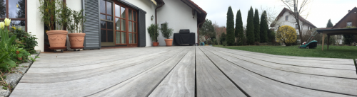 Holzterrasse ohne Spreißel