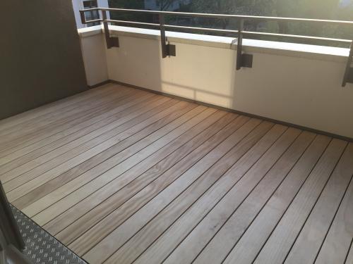 Holz Balkonbelag langlebig