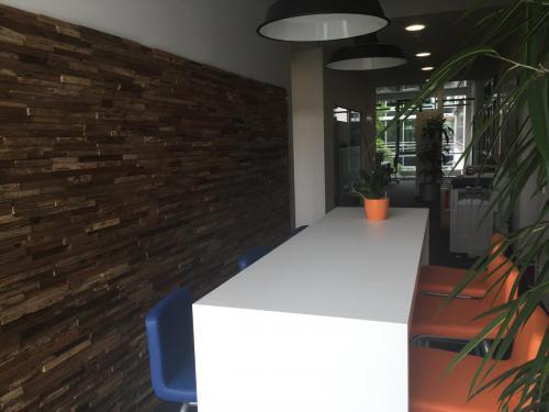 Holz Cafeteria