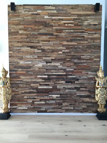 Holz Wand (12)