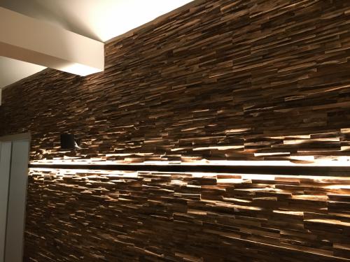 Holz Wand (7)