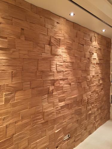 Holz Wand (8)
