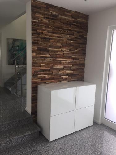 Holz Wand Garderobe