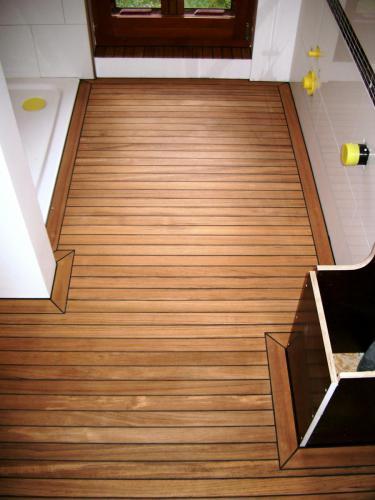 Holzboden Gummifuge