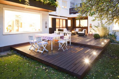 pflege holzterrasse bs holzdesign. Black Bedroom Furniture Sets. Home Design Ideas