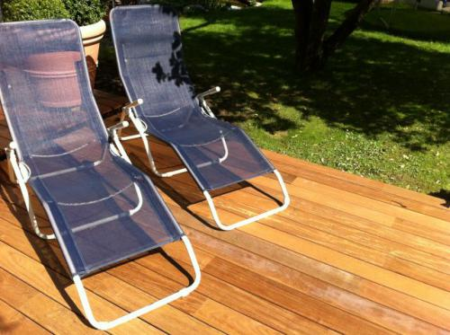 ipe holzterrasse ohne schrauben bs holzdesign. Black Bedroom Furniture Sets. Home Design Ideas