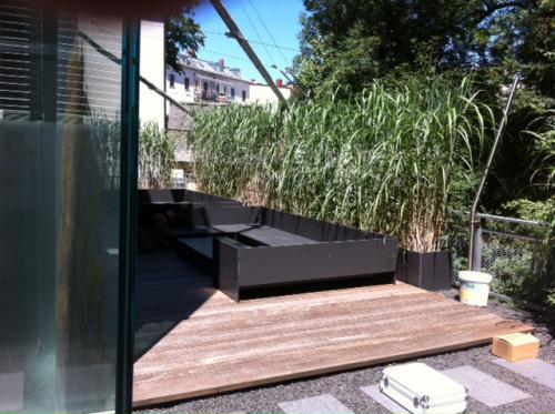 Pflege-Holzterrassen-vergraut
