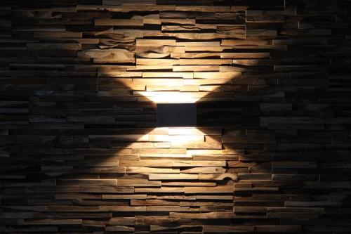 Wandverkleidung Holz (5)