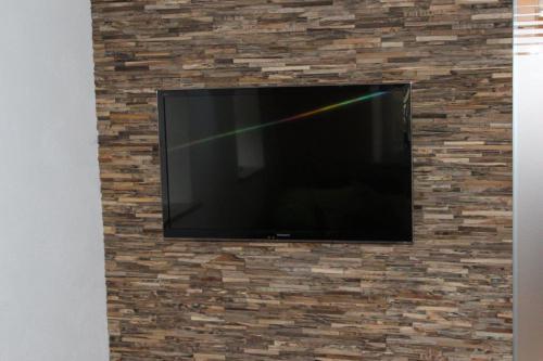 Wandverkleidung TV